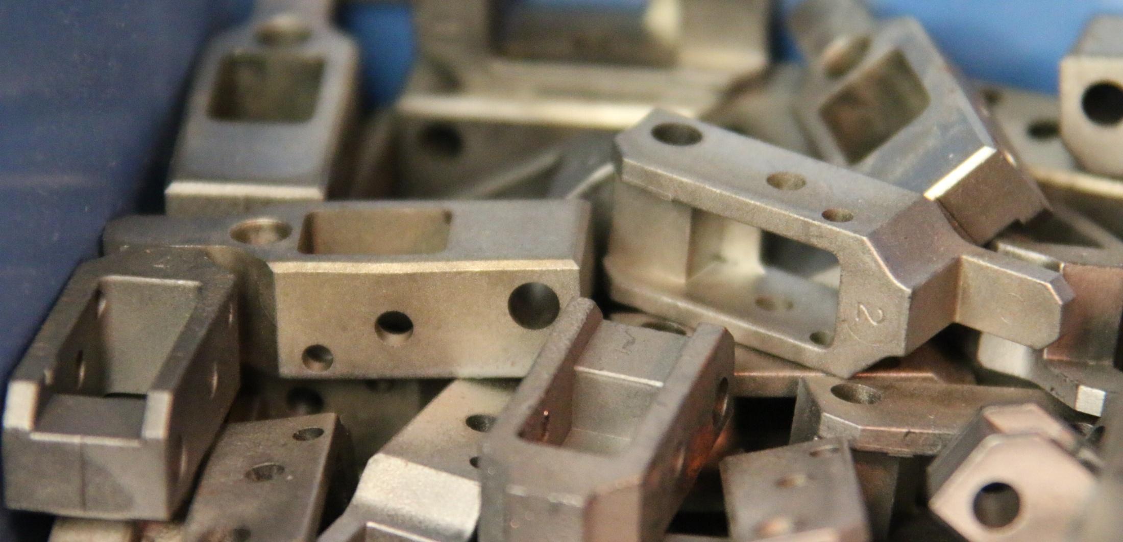 metal-injection-molding.jpg